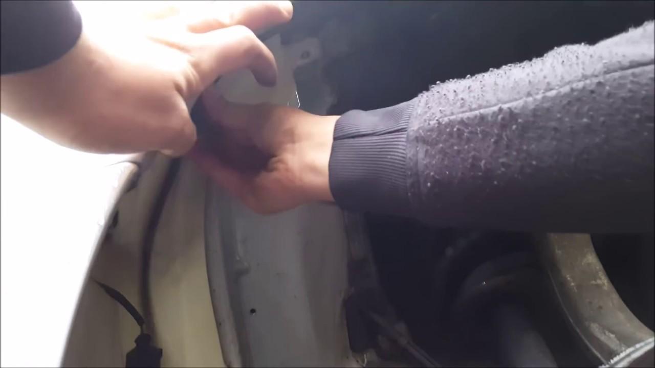 Audi A4 Wischwasserbehlter wechseln B6 H8 Cabrio - YouTube