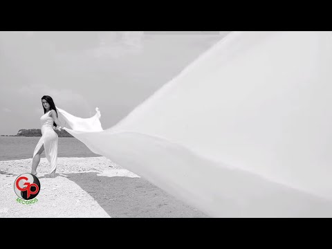 JULIA PEREZ - Merana [Official Music Video]