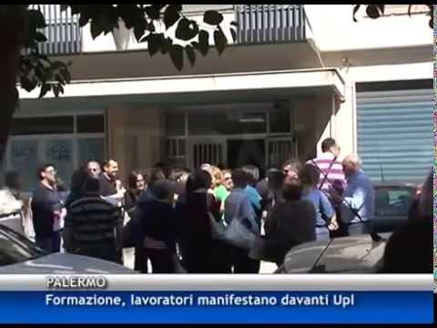 Ufficio K : Operatori della formazione protestano all ufficio provinciale del