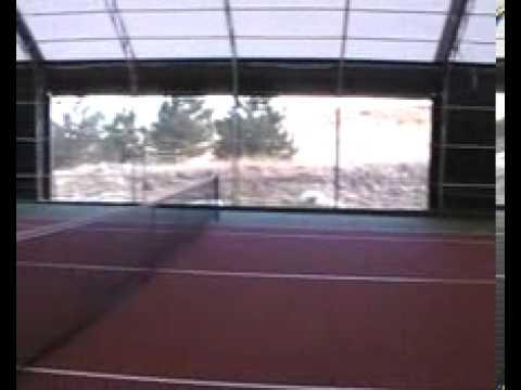 Kapalı Tenis Kortu