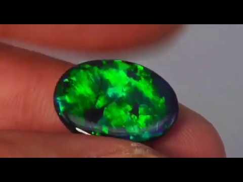 Черный опал • Инвестиционный камень - YouTube
