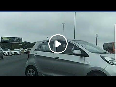 Motorists turning back on N12 West | G4S Cash-in-Transit heist | Road block causing major traffic