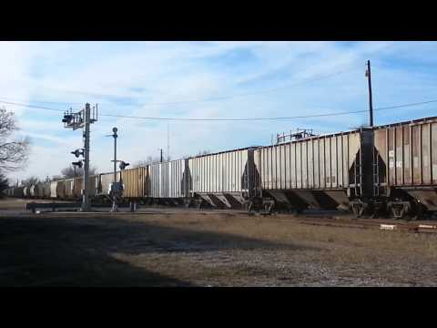 First video of the new year! A long SLWC freight in Lawton, Oklahoma, 1.9.2015