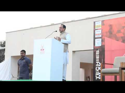 """Dr.Subramanian Swamy at InNUVate on """"Role of youth in India's growth story""""."""