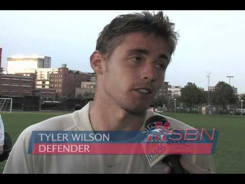 #11 Metro State Men's Soccer vs #18 Regis/2010.mov