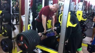 400 кг от груди