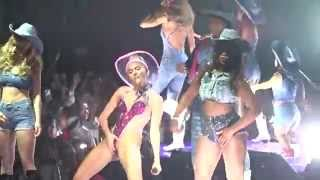 Miley Cyrus - Do My Thang (Melbourne Bangerz Tour 2014)