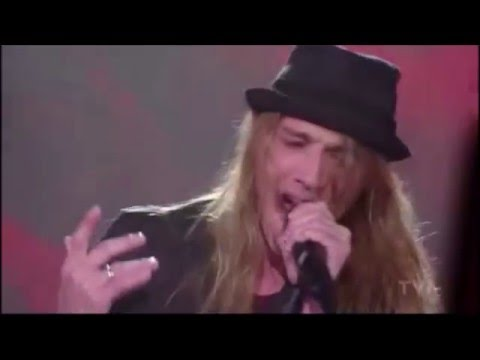 Whaaat!! Incredible performance! Travis Cormier - Dream On (Aerosmith)