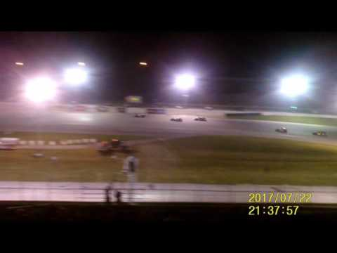 Lebanon I 44 Speedway Modified feature  7 22 17