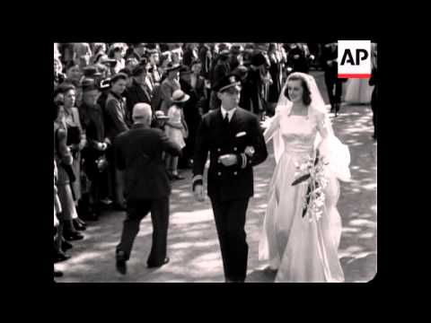 WEDDING OF LADY SPENCER CHURCHILL AND LIEUTENANT E F RUSSELL