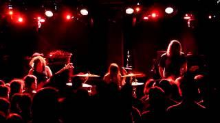 Helms Alee - Paris - 2015 - full show 1/2