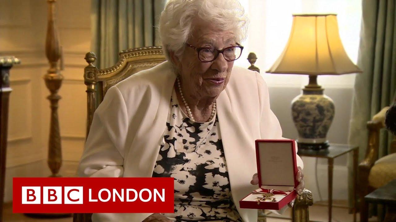 92-year-old Holocaust survivor given award