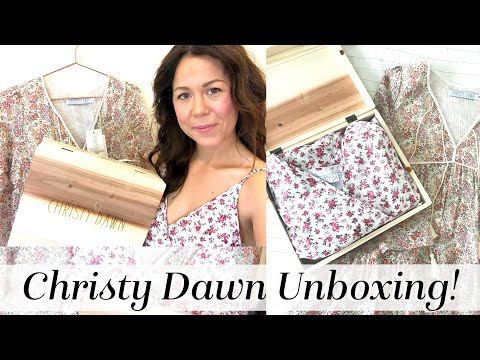 Christy Dawn Dress Unboxing & Try-on AND Coupon! | Christy Dawn Petites | Kait Bos