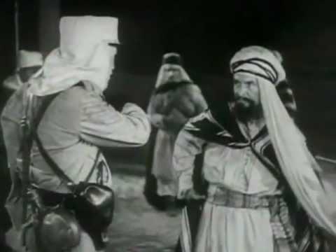 Laurel & Hardy Goodbye 01