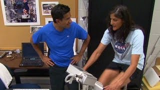 Astronaut trains for triathlon in space with Sanjay Gupta