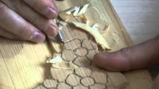 вырезаем рамку из дерева
