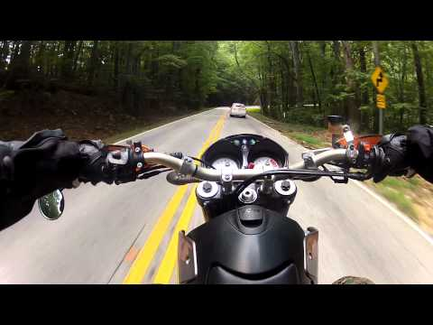 GoPro HD Hero 2 - KTM Duke II 640 - Caesars head crash