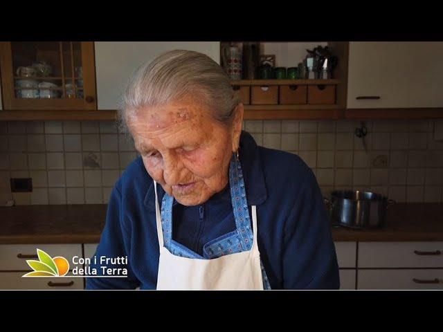Puntata del 5/7/20 – 4° parte – Katharina 97 anni e non sentirli