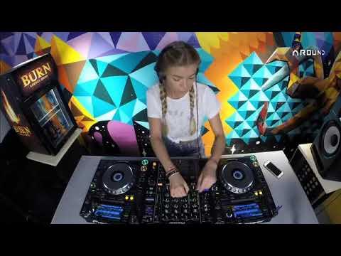 DJ HANNA - Live @ Radio Intense 11.10.2017
