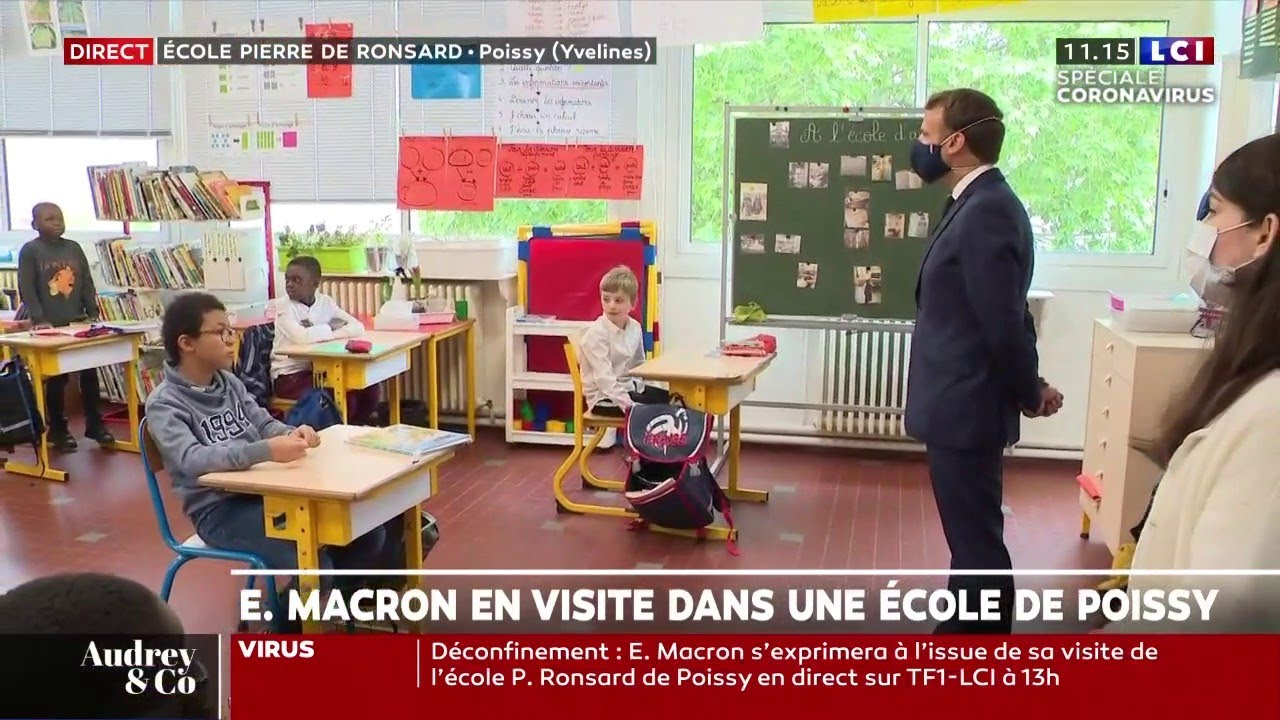 Emmanuel Macron en visite dans une école de Poissy