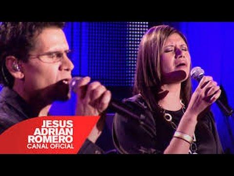 Tú Estas Aquí - Jesús Adrián Romero Feat. Marcela Gandara