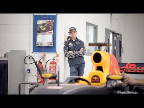 Bored Drivers. Daniel Ricciardo and Max Verstappen long for the new F1 season