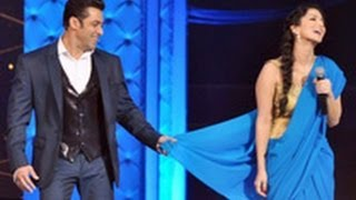 Watch Salman Khan Teaching Sunny Leone To Wear Saree | Hindi Latest News | Star Guild Awards