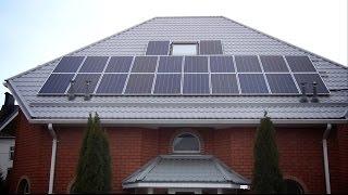 видео Сетевая или автономная – солнечная электростанция для дома