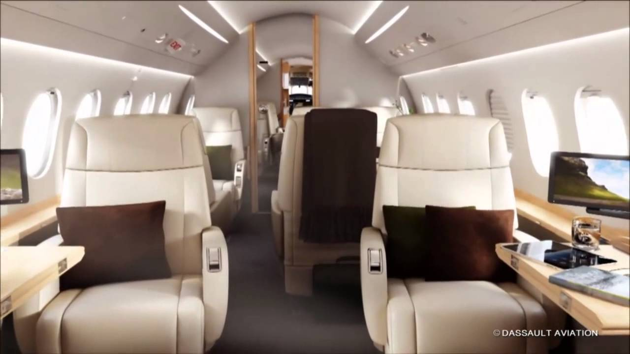 Le falcon 2000s interview d 39 olivier villa bourget 2013 for Interieur falcon 2000