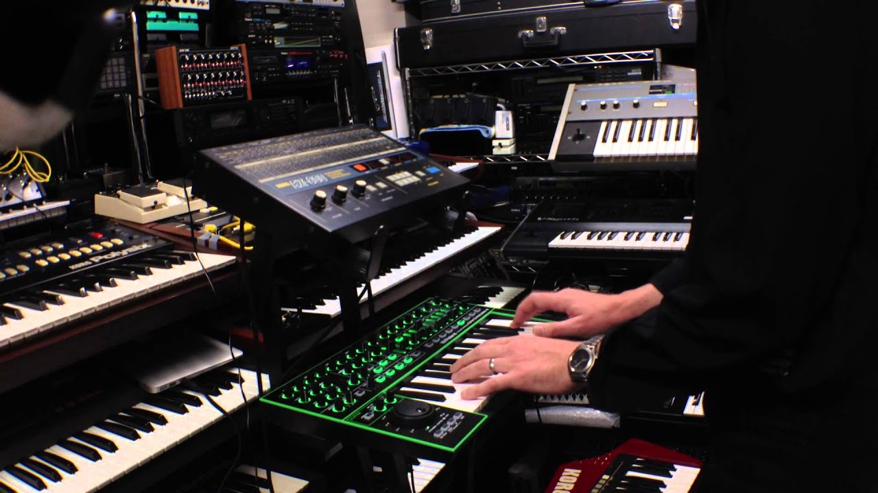 Roland AIRA System-1 Synth Review – Jim Atwood in Japan