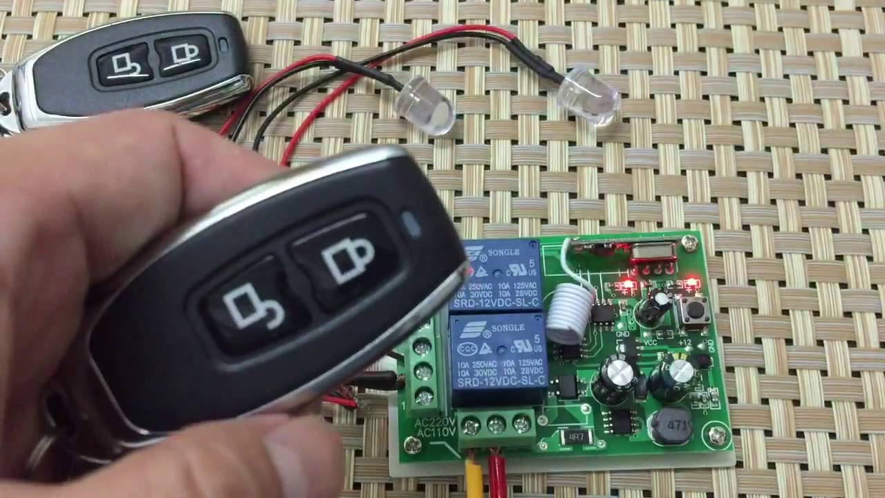 How To Use Wireless Remote Control Switch Ac 250v 110v 220v 2ch Switching Or Rf Power Indication Can Be Achieved With This Circuit Receiver And Controls Youtube