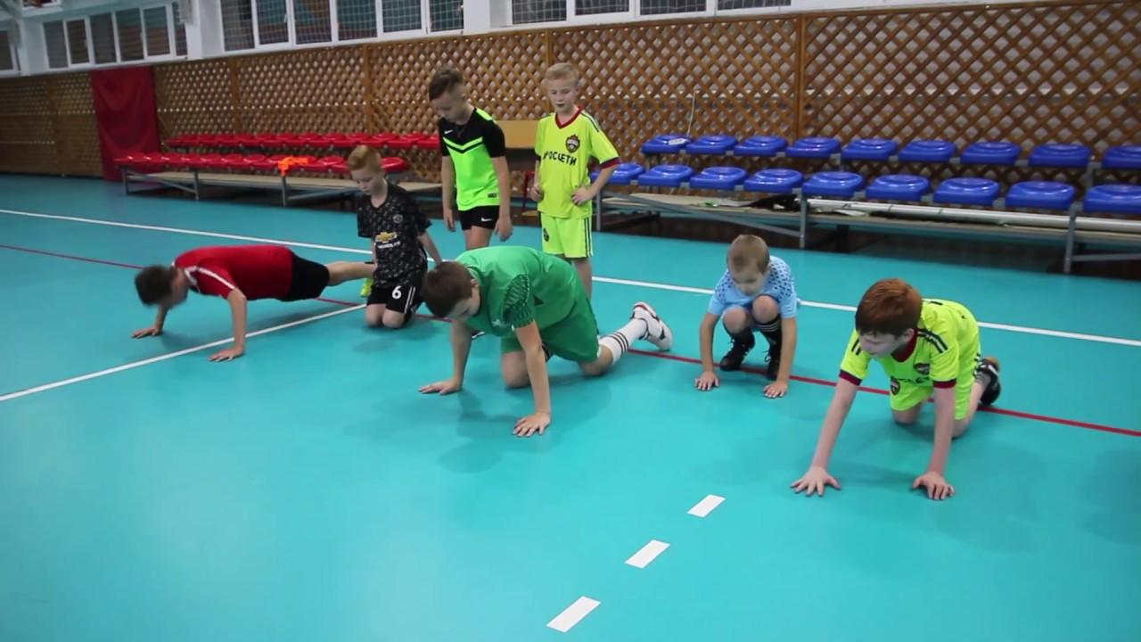 Треннировка детей по мини футболу
