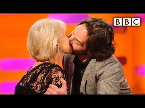 Paul Rudd kisses Dame Helen Mirren  The Graham Norton   Series 12 Episode 14 P  BBC One