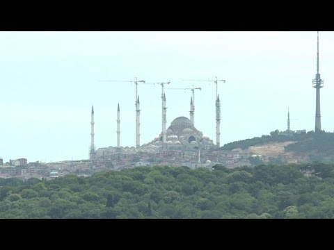 Istanbul's vast Camlica mosque stirs controversy