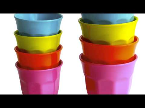 Cups in the classroom at Haarlemmermeer Lyceum tv1l