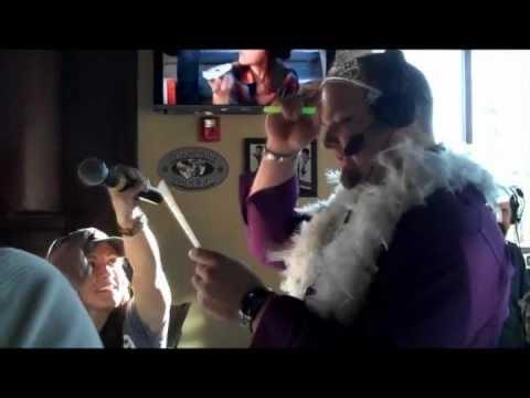 Straight Men, Gay Anthem Karaoke