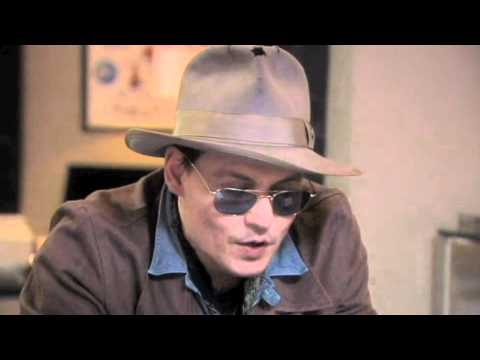 Johnny Depp 'jokes' with Ricky Gervais