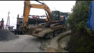 Excavator accident at Lungdai  6.7.17