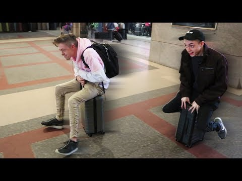 Luggage RACING SKETCH in PUBLIC!! | VLOG