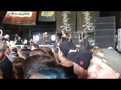Memphis May Fire - Carry On (Vans Warped Tour '17 Camden, NJ)