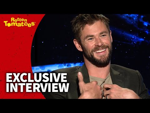 UNCUT Thor Ragnarok Interview - Chris Hemsworth & Taika Waititi Wanted to Break All the Rules