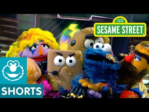 Sesame Street: The World Patty Cake Championships | Smart Cookies