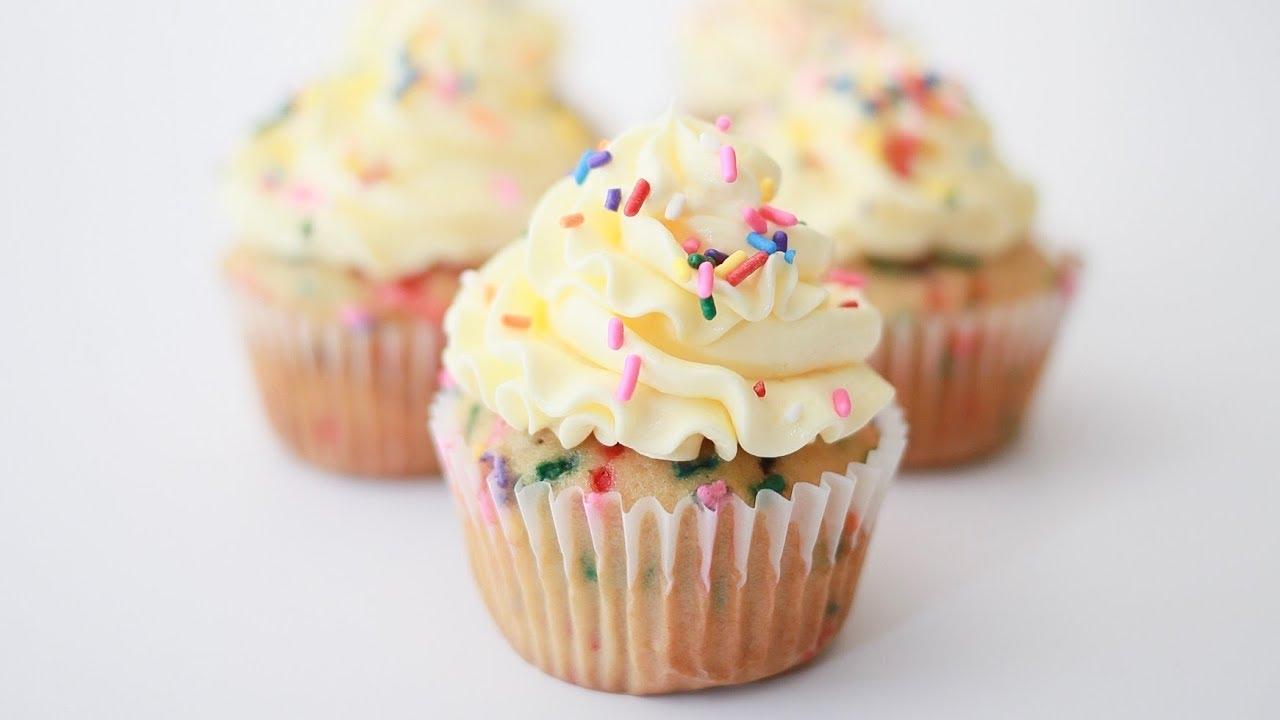 How To Make Whipped Ganache Buttercream Frosting Birthday Cake
