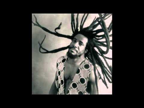 Half Pint, Level the Vibes. (Dancehall Reggae)