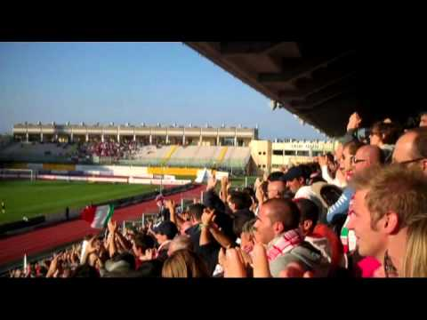 Padova - Vicenza 2-1 cori tribuna fattori 22.10.11