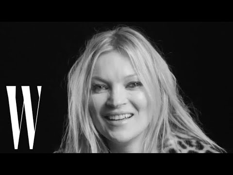 "Photographers ""Always Ask"" Kate Moss to Take Her Clothes Off 
