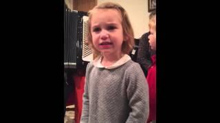 Приколы про маленьких детей смешные дети дети поют ребёнок артист