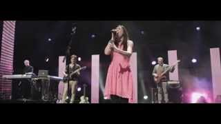 Download Walk With Me (feat. Kim Walker-Smith) Mp3 and Videos