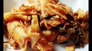Pasta alla siciliana al forno (detta anche alla norma)