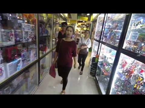 Retro Video Game Hunting - Mega Plaza เมกะพลาซ่า สะพานเหล็ก Bangkok 2018 - Part 1